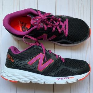 Like new New Balance Speed Ride running shoes 8